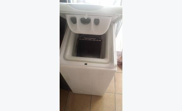 machine laver 5kg ouvert du haut 45 cm annonce. Black Bedroom Furniture Sets. Home Design Ideas