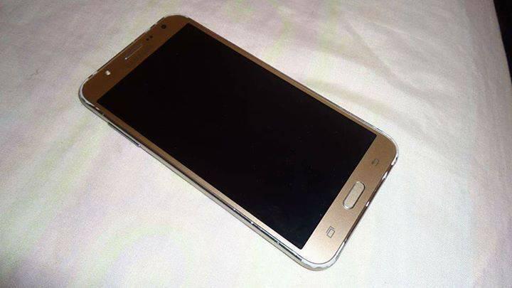 Samsung J7 LTE
