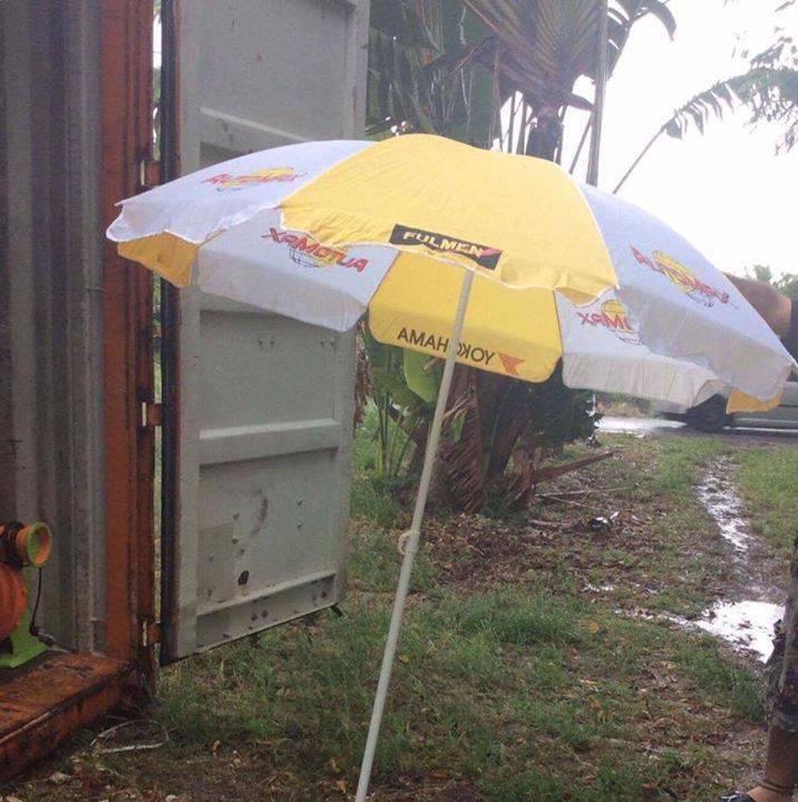Parasol annonce mobilier et quipement d 39 ext rieur le for Equipement exterieur