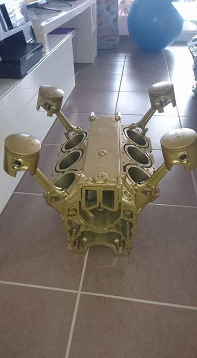 Table Basse Sans Verre Moteur V6