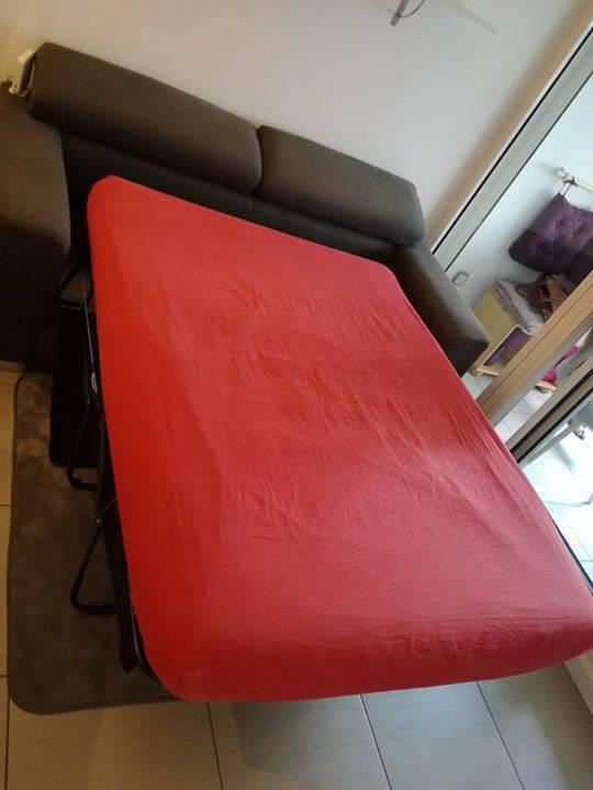 canap lit vrai sommier et matelas annonce meubles et. Black Bedroom Furniture Sets. Home Design Ideas