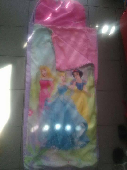 Sac de couchage princesse annonce sports hobbies la r union - Sac de couchage princesse ...