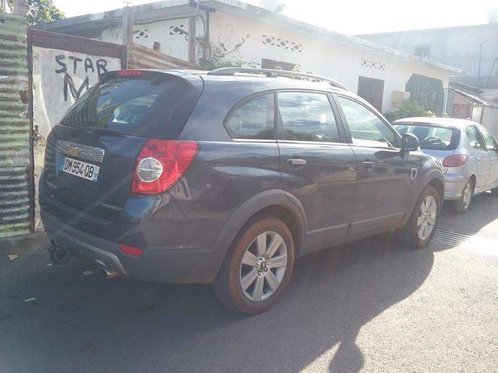 voiture chevrolet captiva 7 places annonce voitures mamoudzou mayotte. Black Bedroom Furniture Sets. Home Design Ideas