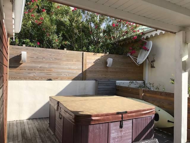 maison mitoyenne terrasse de cul de sac annonce ventes maison marigot saint martin. Black Bedroom Furniture Sets. Home Design Ideas
