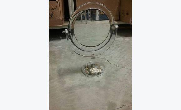 Lampe de chevet et miroir loupe meubles et d coration saint martin cyphoma for Miroir loupe