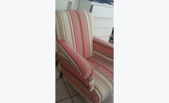 fauteuil très confortable - Annonce - Meubles et Décoration Salines ...