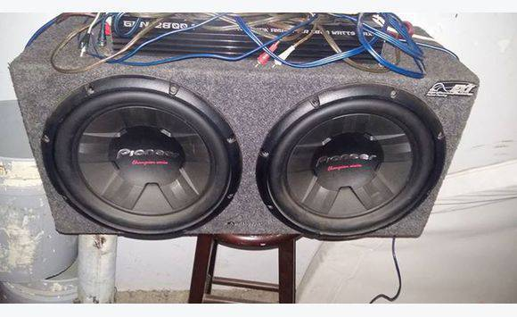 Subs With Deck And Eq 2 Amps