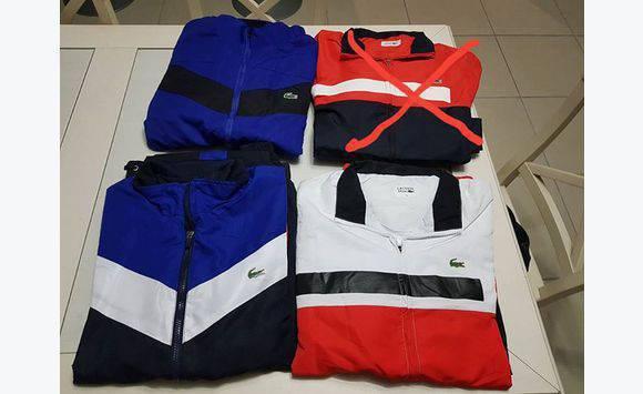 6fb39a686e Survêtement Lacoste taille 6 (XL) - Vêtements Martinique • Cyphoma