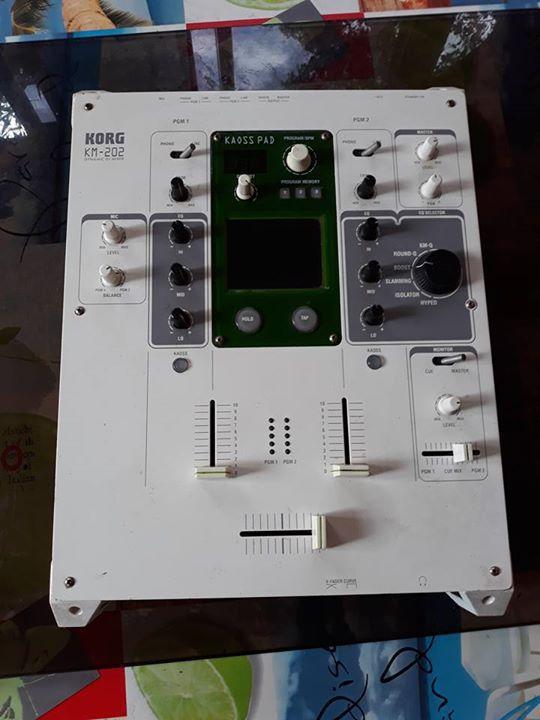 table de mixage korg km 202