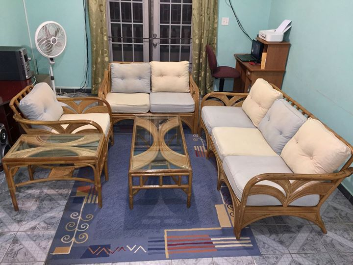 salon rotin incluant centre c t table annonce meubles et d coration philipsburg sint maarten. Black Bedroom Furniture Sets. Home Design Ideas