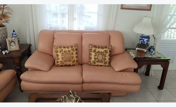 3 piece leather living room set. - Furniture and Decoration Barbados