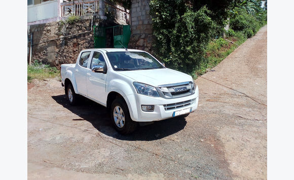 pick up 4X4 isuzu d max 2. 5 DDI 4WD