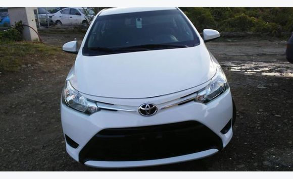 review reviews toyota car by yaris magazine design