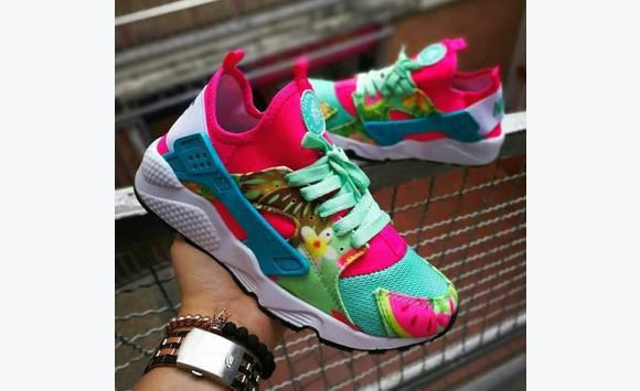79e004b3e489 ... Saint Kitts and Nevis · Nike huarache girl Rose  Nike huarache girl Rose