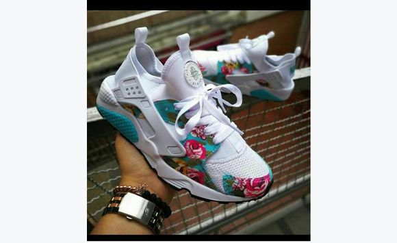 5e9aed08e606 Nike huarache girl Rose - Shoes Saint Kitts and Nevis • Cyphoma