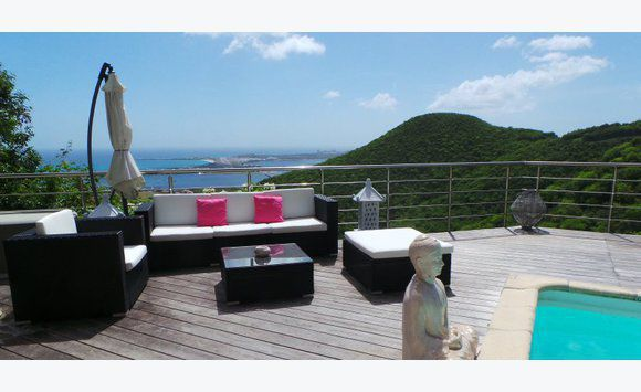Villa with panoramic views of the...