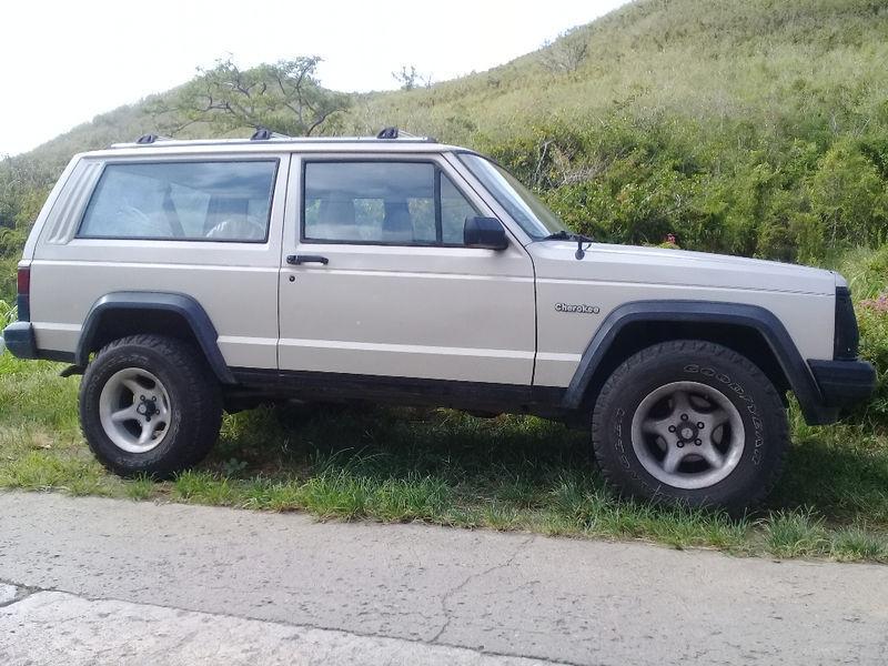 jeep xj shop alphavinyl matte hood cherokee blackout