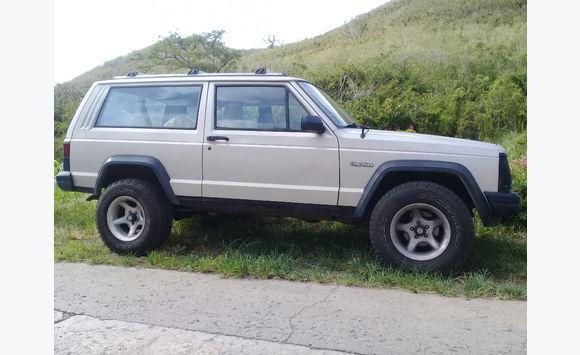 Jeep Cherokee Xj >> Jeep Cherokee Xj Cars Saint Martin Cyphoma