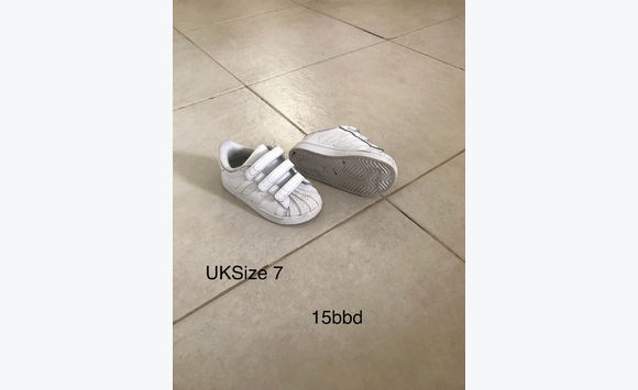 Adidas trainers uk size 7 (childs)