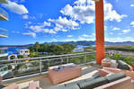 Luxurious 2 B/R 2. 5 bath duplex condo in Maho