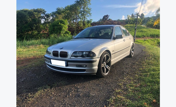 BMW 330D 183CV PROVENANCE METROPOLE