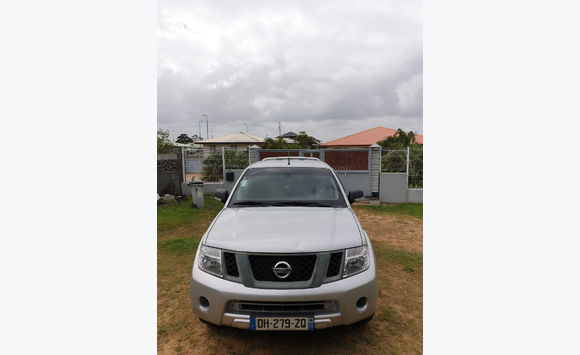 Pick-up Nissan Navara d40