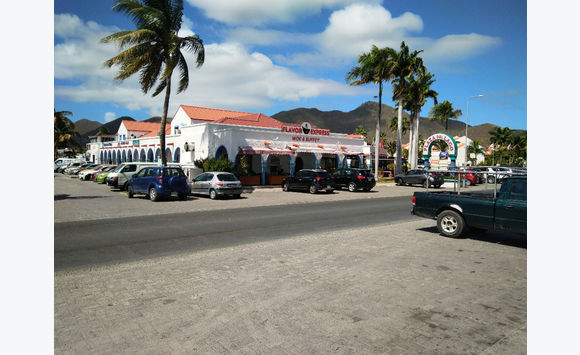 Simpson Bay restaurant forsale