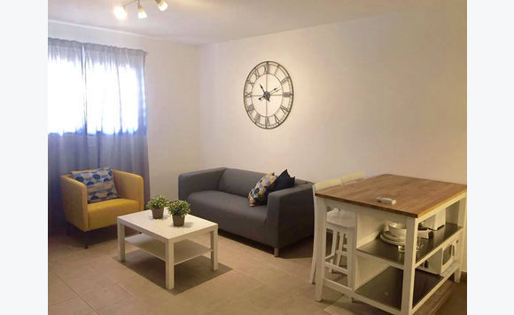 cupecoy : modern 1bedroom furnished with pool