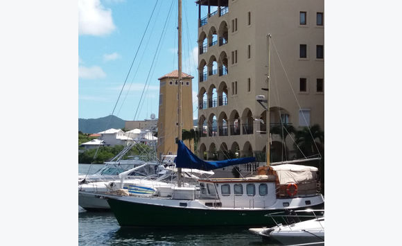 SPLENDID 2 BEDROOMS ON THE MARINA PORTOCUPECOY